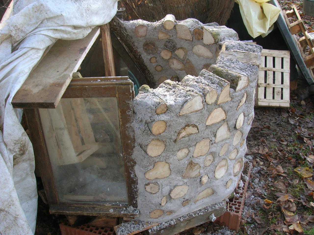 Chauffage ecolo pour chats dans une cabane en bois corde - Plan niche pour chat exterieur ...
